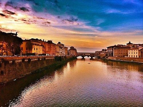 Ponte Vecchio al tramonto (Firenze) - Ponte Vecchio at sunset (Florence).jpg