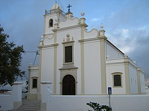 Church of Our Lady of the Incarnation (Porches) - The front facade of the parochial Church of Porches dedicated to Our Lady of the Incarnation