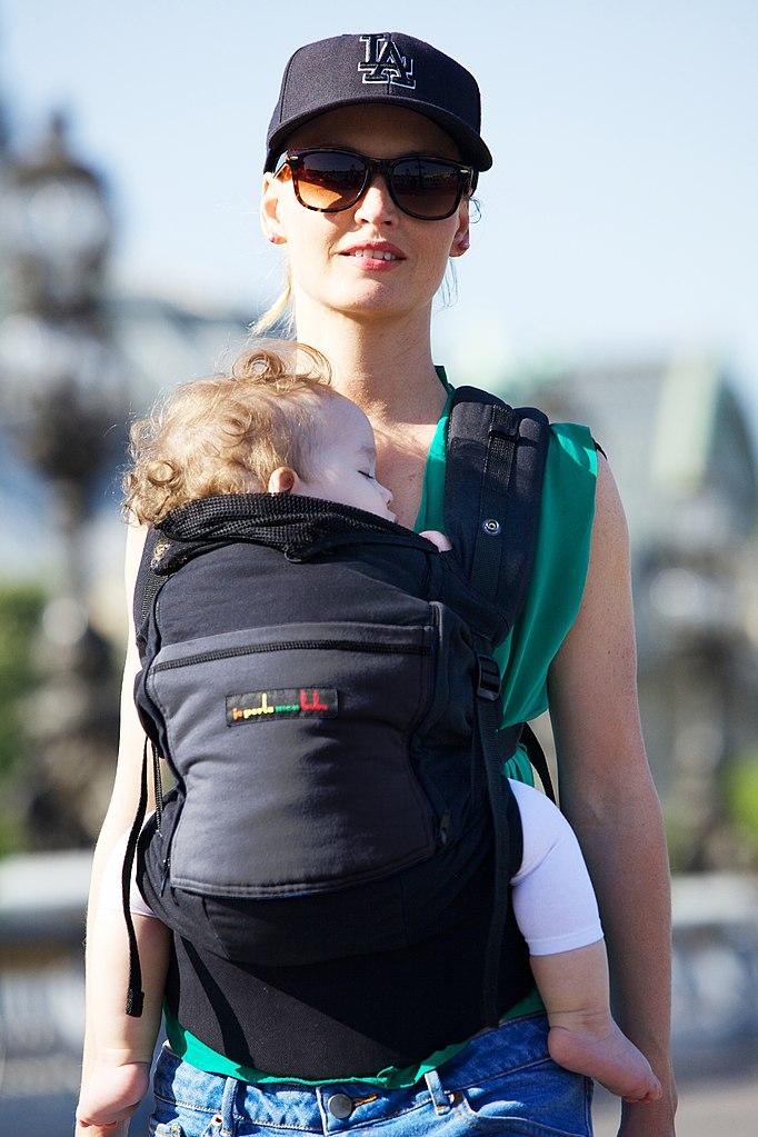 Portage ventral du bébé