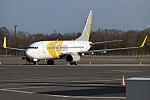 Primera Air Nordic, YL-PSG, Boeing 737-7BX (39895423790).jpg