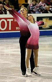 Elizabeth Putnam & Sean Wirtz wearing complementary pairs costumes.