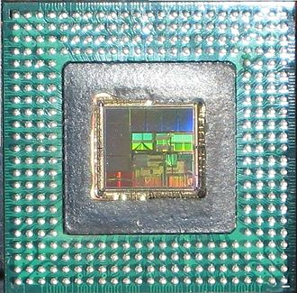 Quantum Effect Devices - Underside view of QED RM7000 package with the die exposed