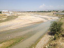 Qashqadaryo river in Kitab.jpg
