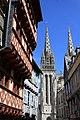 Quimper - la cathédrale Saint-Corentin - 003.jpg