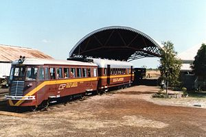Normanton to Croydon railway line - RM93 and trailer on the Gulflander at Normanton, July 1991
