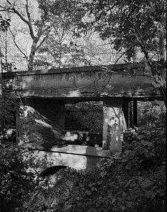Ravine Bluffs Development Bridge, cropped, (HAER, ILL, 16-GLENC, 3-7).jpg