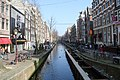 Red light district, canals in Amsterdam (26211001601).jpg
