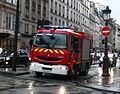 Renault Midlum, sapeurs-pompiers de Paris - octobre 2013.JPG