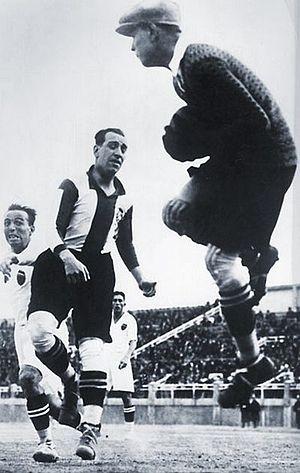 RCD Espanyol - Ricardo Zamora with Español.
