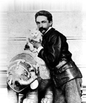 Robert de Montesquiou - Robert de Montesquiou with his Persian cat