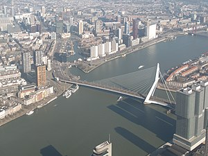 Erasmusbrug - Image: Rotterdam, de Erasmusbrug foto 2 2014 03 09 10.54
