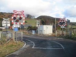 Rovie level crossing in 2010 (13175351364).jpg