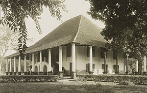 Dutch Indies country house - Rumah Cililitan Besar, the prototype of the Transitional Dutch Indies country houses, can still be seen today, but in a neglected condition.