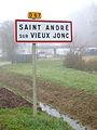 Saint-André-sur-Vieux-Jonc-FR-01-panneau-1.jpg