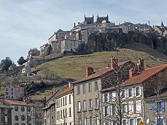 Saint-Flour, Cantal - Image: Saint Flour Ville haute