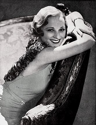 Sally Eilers - Eilers in the January 1933 edition of Photoplay Magazine