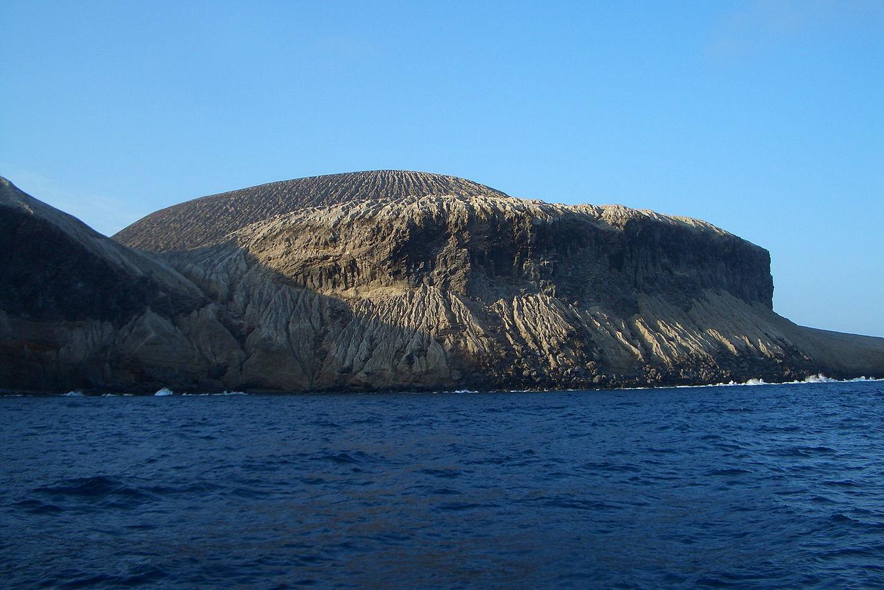 1280px-sanbenedicto_island