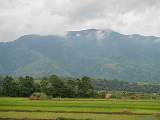 mountain range situated in the northern central part of the island of Luzon, Philippines