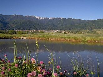 Kostenets (village) - Kostenets and the Rila mountain.