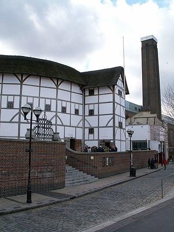 Воссозданный театр «Глобус», в котором работала труппа Шекспира