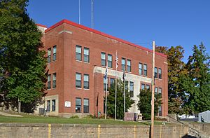 Shannon County, Missouri - Image: Shannon County MO courthouse 20131027