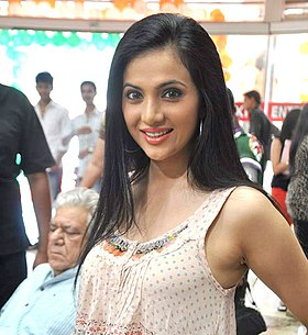 Shilpa Anand On location shoot of film 'The Mall'.jpg