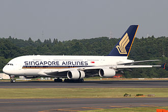 Infrastructure of Singapore Changi Airport - Singapore Airlines A380-800 (9V-SKD)