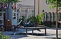 Skulptur vor der Bismarck Apotheke in Ehningen - panoramio.jpg
