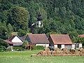 Stříbrná Skalice, V Rovných 80 a kostel svatého Jakuba.jpg
