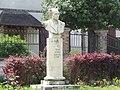 Statue de René Binet.jpg