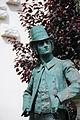 Statue du Postillon de Longjumeau 2.jpg