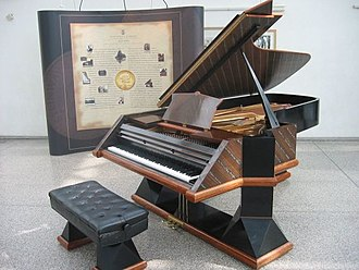 Steinway & Sons - Steinway piano No. 500,000 from 1988
