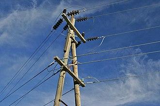Strain insulator - Strain insulators on high-voltage power lines