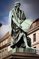https://upload.wikimedia.org/wikipedia/commons/thumb/2/2a/Strasbourg_place_Gutenberg_statue_par_David_d%27Angers_avril_2013.jpg/150px-Strasbourg_place_Gutenberg_statue_par_David_d%27Angers_avril_2013.jpg