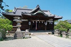 Sugawara Tenmangu Haiden.jpg
