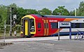 Swindon railway station MMB 13 158882.jpg
