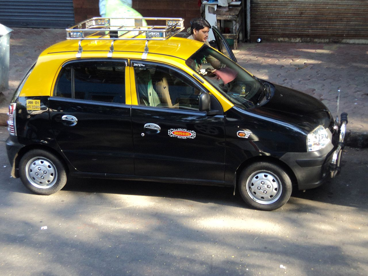 New Hyundai Sonata >> File:Taxi,mumbai,TN544.JPG - Wikimedia Commons