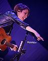 Tegan & Sara 11-19-2014 -30 (15663299519).jpg