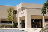 Tesla Visit 3 (9267529364).jpg