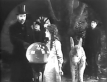 The Poor Little Rich Girl 1917 - filmshot2.png