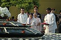 The President, Smt. Pratibha Patil paying floral tributes at 'Vir Bhoomi' the Samadhi of Former Prime Minister, Late Rajiv Gandhi on his 63rd birth anniversary, in Delhi on August 20, 2007.jpg