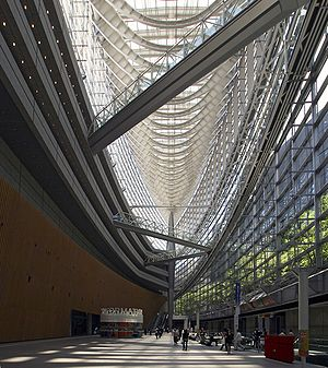Rafael Viñoly - Interior of Tokyo International Forum