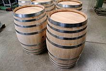 Fabrication d 39 un tonneau wikip dia - Peindre un tonneau en bois ...