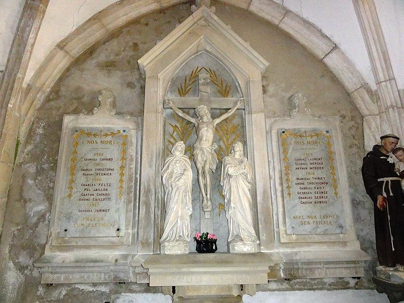 Troussey (Meuse) église Saint-Laurent calvaire avec plaques monument aux morts