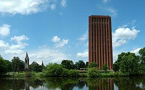 マサチューセッツ大学アマースト校's relation image