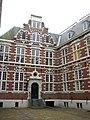 VOC amsterdam building.JPG
