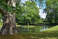 Veitshöchheim - Hofgarten - kleiner See.jpg