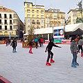 Vitoria - Plaza de la Virgen Blanca, patinaje navideño 3.jpg