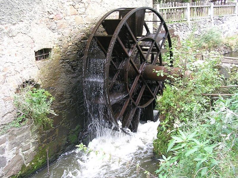 File:Vodní kolo.jpg