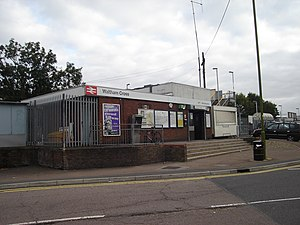 Waltham Cross railway station - The station building prior to the 2011 redevelopment.